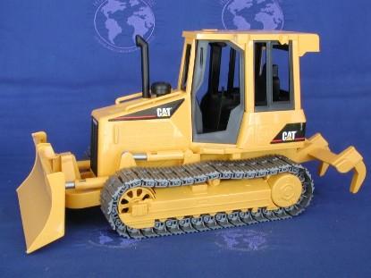 cat-d5g-dozer-bruder-BRU02444