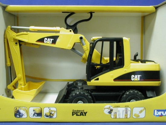 cat-wheeled-excavator-bruder-BRU02446