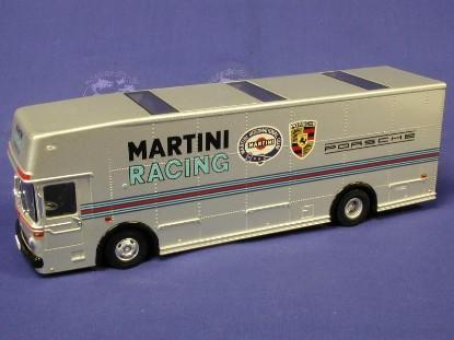 mb-race-car-transporter-porsche-martini-le2000-bub-premium-classixxs-BUB12201