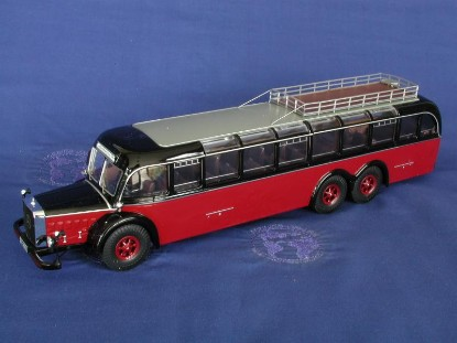 mercedes-benz-0-1000-bus-red-black-bub-premium-classixxs-BUB12300