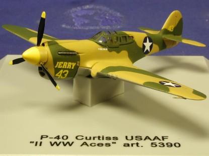 p-40-curtiss-ww2-cdc-armour-CDC5390