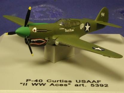 p-40-curtiss-ww2-cdc-armour-CDC5392