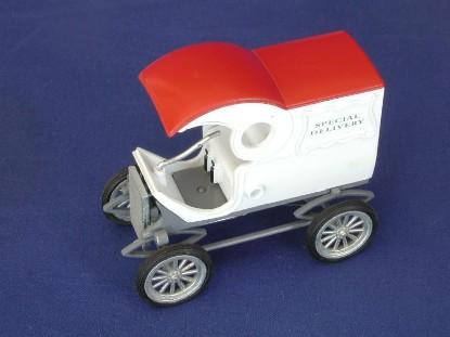 white-pie-wagon-1902-conrad-CON1031
