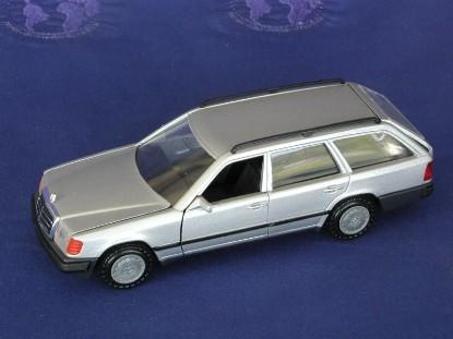 mercedes-wagon-silver-conrad-CON1503