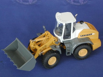liebherr-l538-wheel-loader-conrad-CON2435
