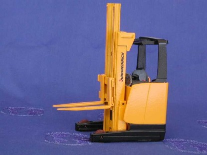 jungheinrich-electric-reach-truck-conrad-CON2987