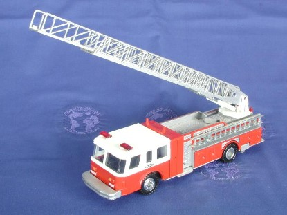 e-1-hush-80-ladder-fire-truck-conrad-CON5506