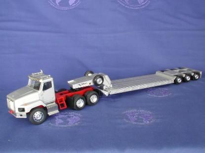 ih-5600-talbert-lowboy-silver-red-frame-conrad-CON6412.07