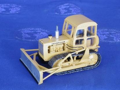 caterpillar-d4-dozer-mo-miniatures-CUSTD4E.2