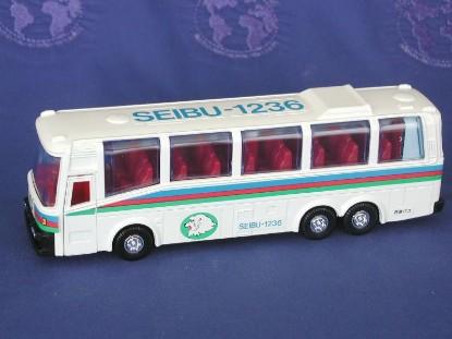 seibu-tour-bus-diapet-DIAB-01