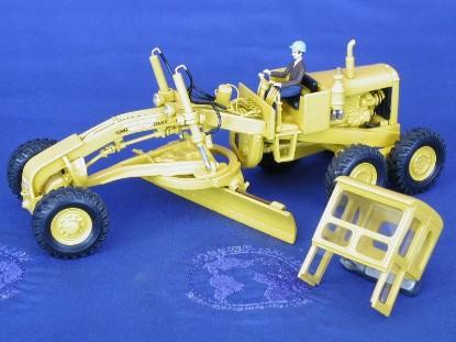 austin-western-super-99-power-grader-yellow-emd-series-c-EMDC013Y