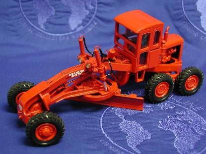 austin-western-super-99-power-grader-red-emd-series-c-EMDC013