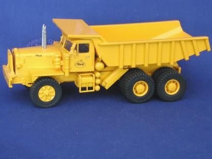 mack-lrsw-3-axle-dump-truck-yellow-emd-series-n-EMDN079