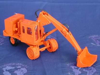 broyt-x2b-wheel-shovel-orange-emd-series-n-EMDN128B