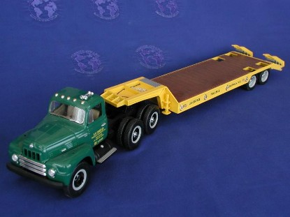 ih-1959-semi-lowboy-lacrosse-first-gear-FGC2075