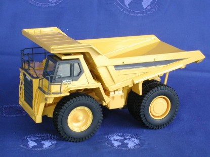 komatsu-hd-785-85t-dump-grey-yellow-goodswave-GSW90630