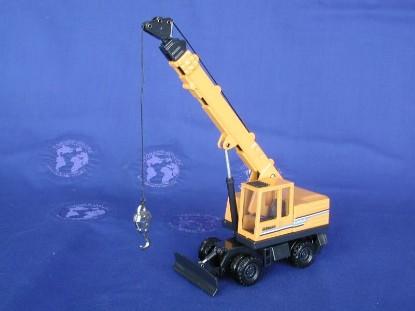akerman-h7m-wheeled-telescopic-crane-joal-JOA236