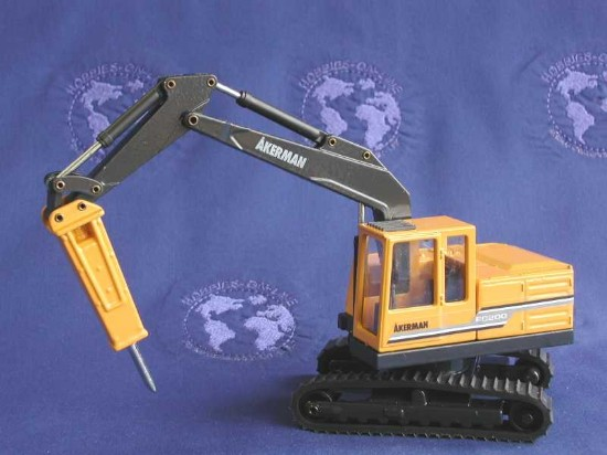 akerman-ec200-excavator-with-hammer-joal-JOA249
