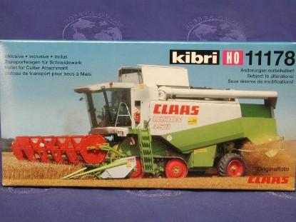 claas-lexion-450-grain-harvester-kibri-KIB11178