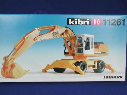 liebherr-934-wheel-excavator-kibri-KIB11261