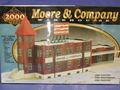 moore-company-warehouse--kit-lifelike-trains-LIF1372