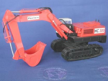 poclain-hc300-track-excavator-les-miniatures-du-faubourg-LMF12