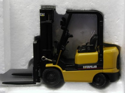 Buffalo Road Imports  Fork lifts, container lifts, & pallet jacks