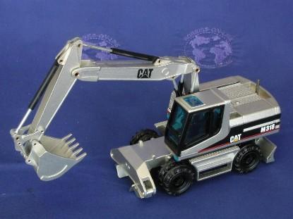 caterpillar-m318-excavator-gold-lt-ed-nzg-NZG405.2