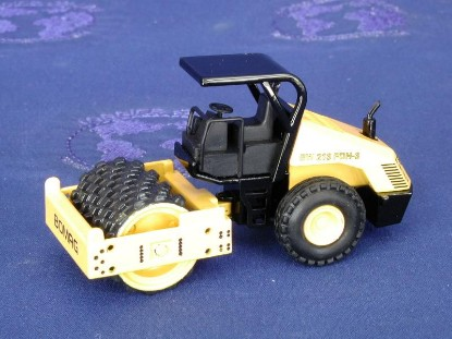 bomag-bw213-sheepsfoot-with-canopy-nzg-NZG475.2