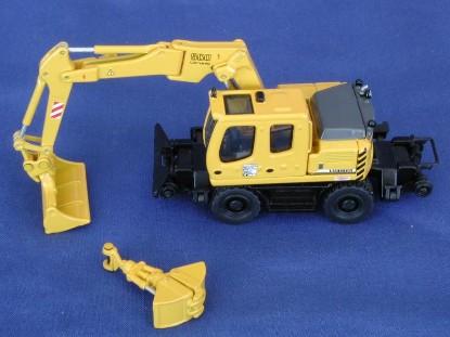 liebherr-a900-zw-road-rail-mounted-excavator-nzg-NZG557