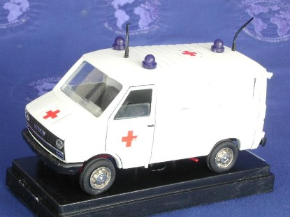 fiat-ambulance-old-cars-OCS02410