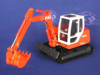 fai-track-excavator-old-cars-OCS62010