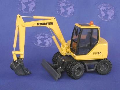 komatsu-pw95-wheel-excavator-old-cars-OCS62100