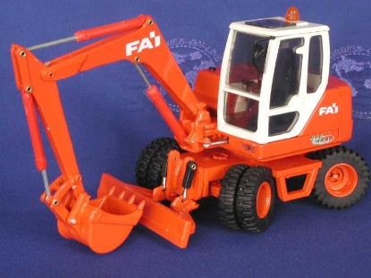 fai-wheel-excavator-old-cars-OCS62110