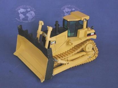 cat-d9r-waste-disposal-dozer-metal-tracks-rod-cross-toys-RCT06