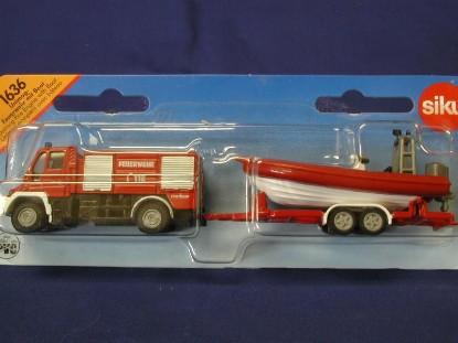 unimog-fire-engine-with-trailer-boat-siku-SIK1636