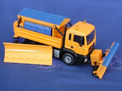 man-snowplow-and-sander-truck-siku-SIK2923