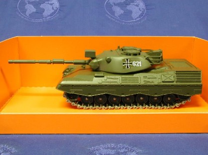 leopard-tank-solido-early-70s--SOD243