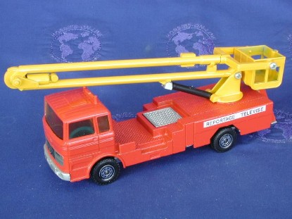 mercedes-aerial-manlift-solido-early-70s--SOD358