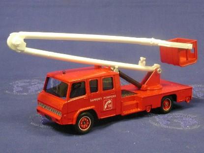 berliet-fire-truck-aerial-lift-solido-SOL3112