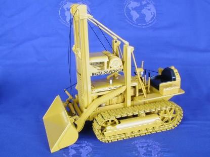 caterpillar-d2-traxcavator-limited-edition-2500-spec-cast-SPCCUST780