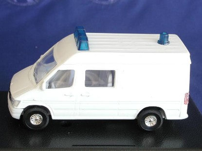 sprinter-ambulance-white-spencer-SPE1104