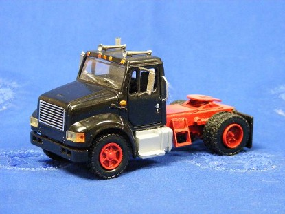 ih-single-axle-tractor-truck-city-toys-TCTH12