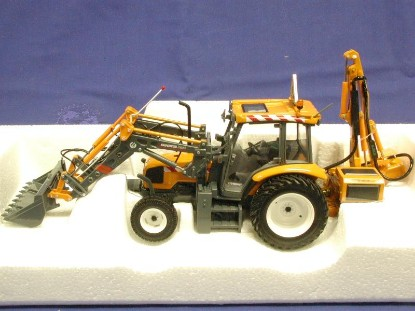 renault-ergos-100-front-loader-w-rear-mower-universal-hobbies-limited-UHL2216
