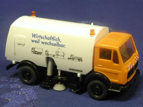 mb-roadsweeper-wiking-WIK64204