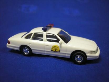 ford-crown-victoria--utah-hwy-patrol-busch-BUS49071