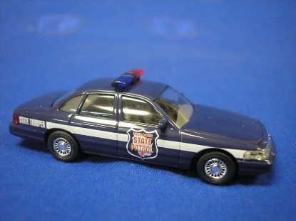 ford-crown-victoria-wisconsin-state-police-busch-BUS49075