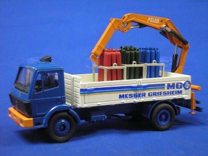 mb-bottled-gas-truck--messer-griesheim-conrad-CON3058