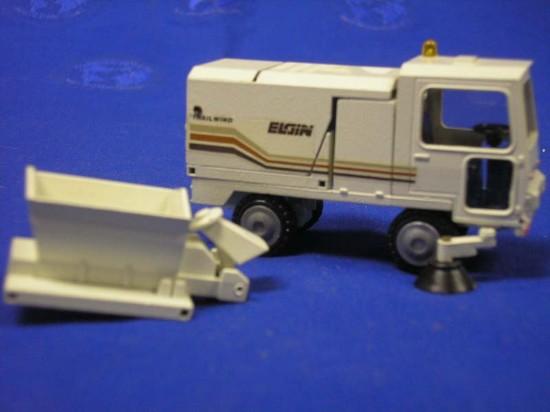 elgin-sweeper-sander-conrad-CON5067.1