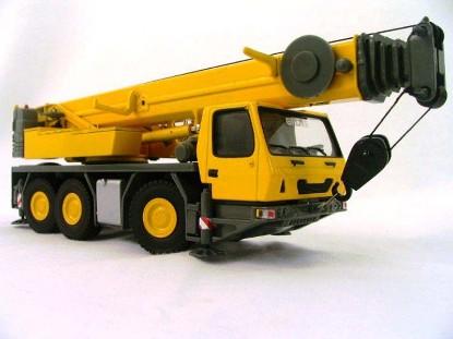 grove-gmk-3055-3-axle-truck-crane-twh-collectibles-TWH003Y